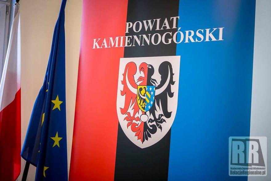 Powiat kamiennogórski: Wesprą studentów