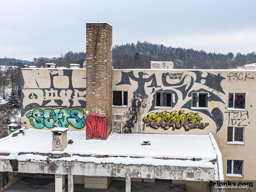 Jelenia Góra: Z hotelu została ruina