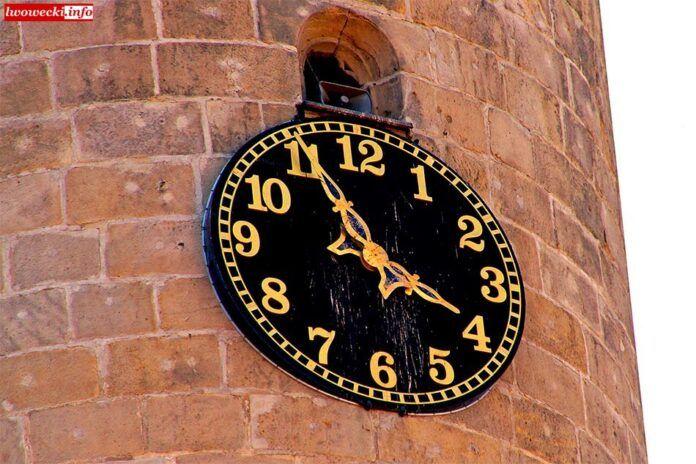 Lwówek Śląski: Problem z zegarem