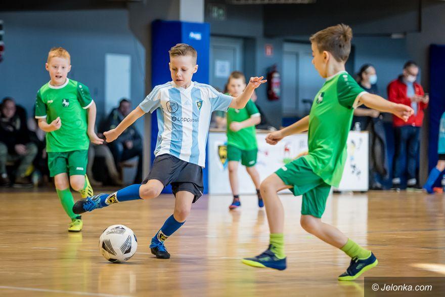Jelenia Góra: Karkonosze wygrały turniej żaków