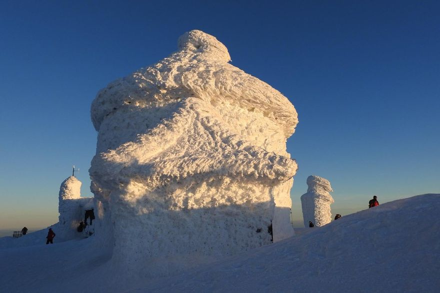 Śnieżka: Wandale na Śnieżce