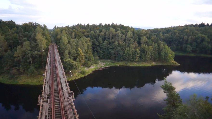 Jelenia Góra: Dla dla osób, które lubią podróżować pociągiem