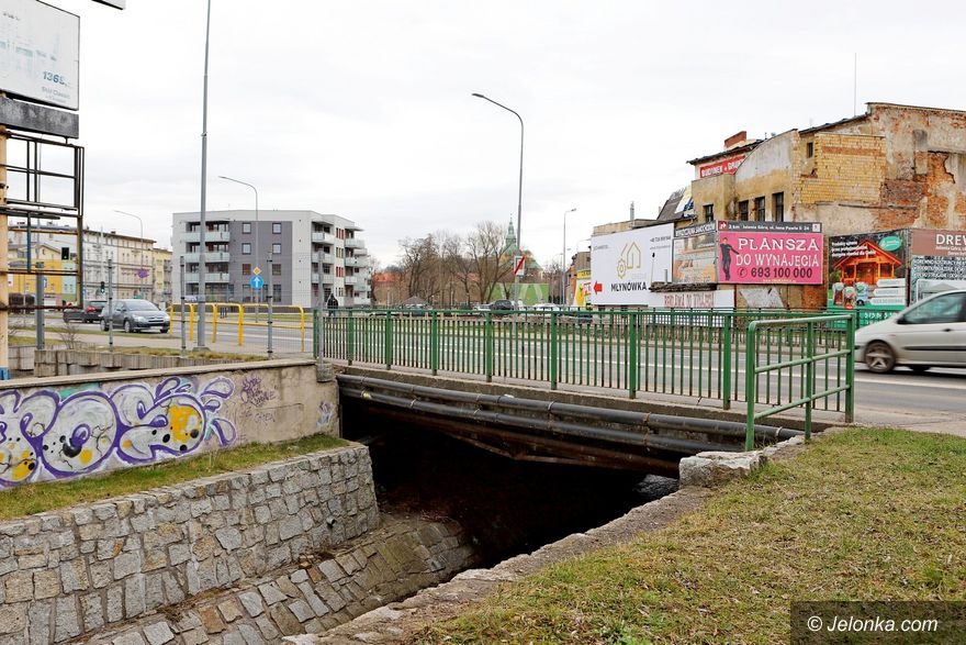 Jelenia Góra: Znacznie tańsze oferty na remont mostu