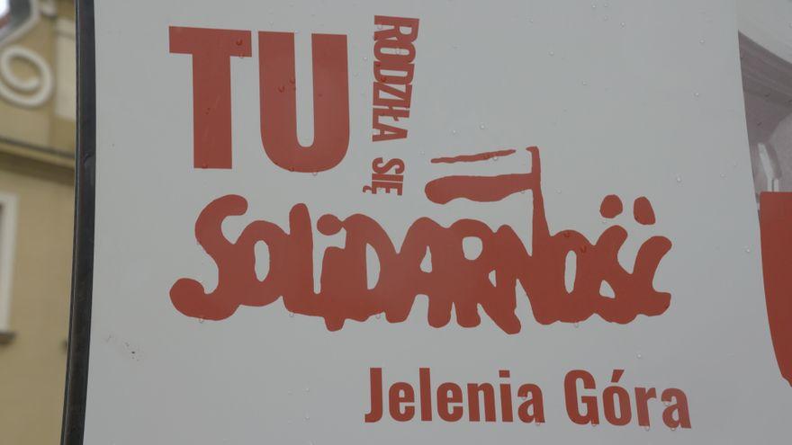 Jelenia Góra: Plenerowa wystawa Tu rodziła się Solidarność