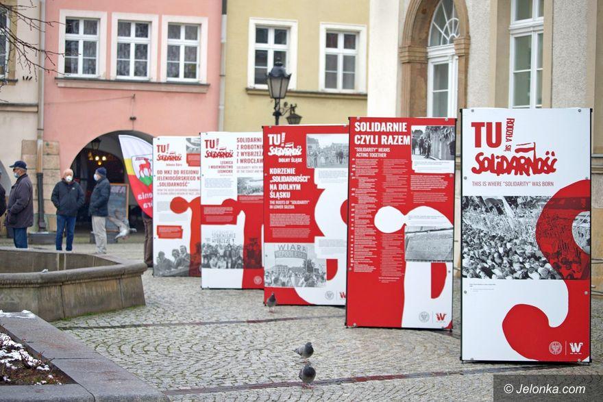 Jelenia Góra: Wystawa plenerowa ku czci Solidarności