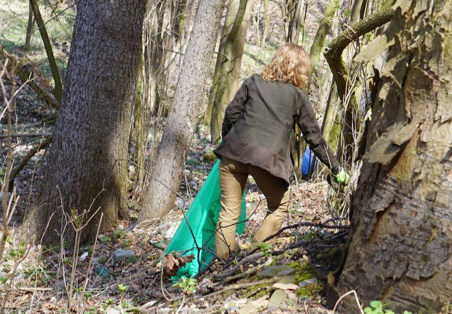 Jelenia Góra: Myśliwi sprzątali las