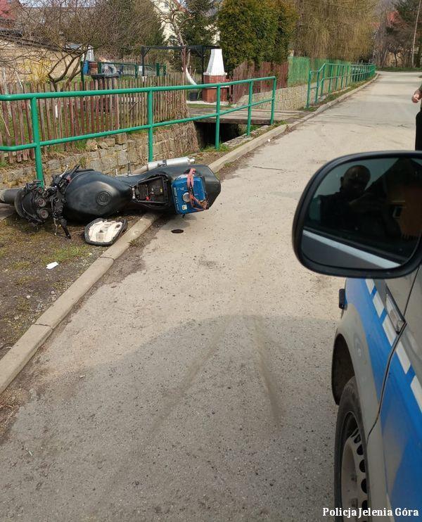 Powiat: Uciekał przed policjantami