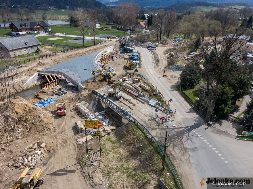 Kostrzyca: Ruch na budowie mostu
