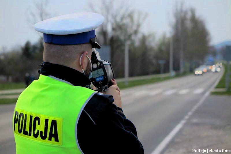 """Jelenia Góra: Po policyjnej akcji """"Kaskadowy pomiar prędkości"""""""