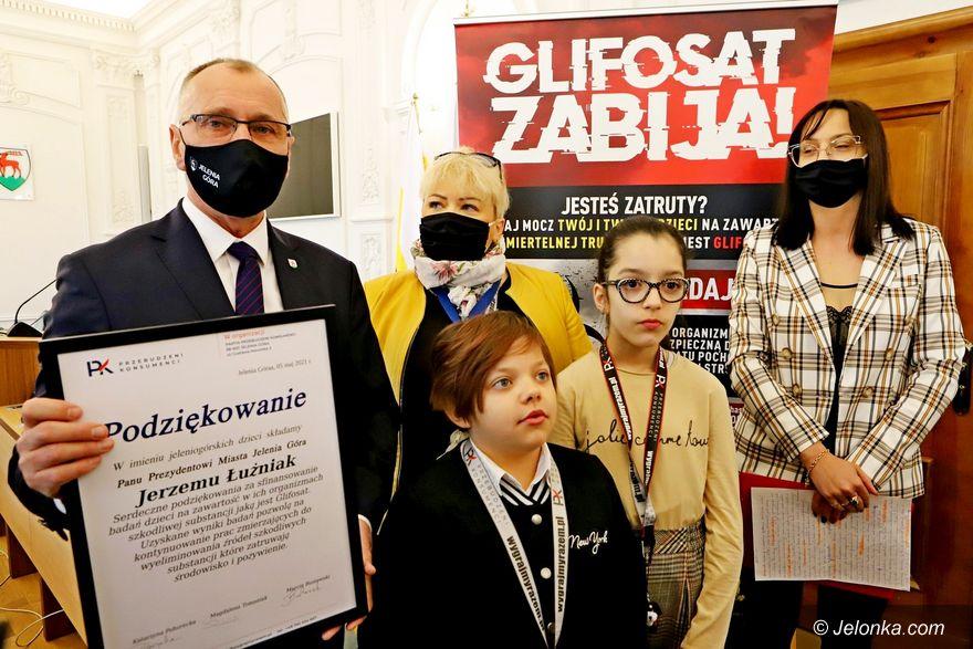 Jelenia Góra: Wkrótce badanie dzieci na zawartość glifosatu