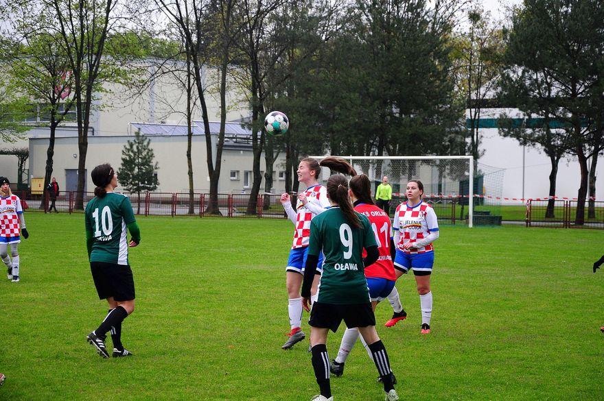 Oława: Inauguracja wiosny za 3 punkty