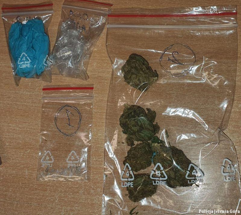 Jelenia Góra: 20–latek wpadł z narkotykami