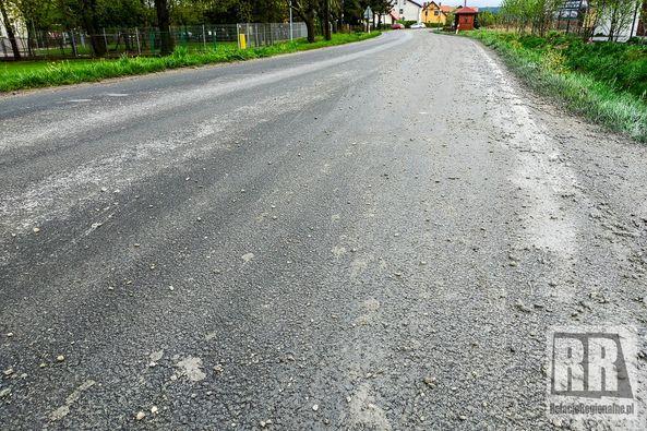 Czadrów: Rozlał się beton