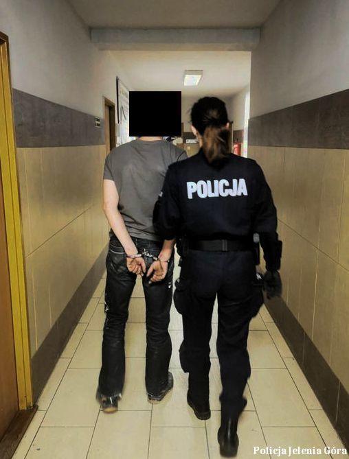 Jelenia Góra: Zatrzymani na próbie kradzieży z włamaniem