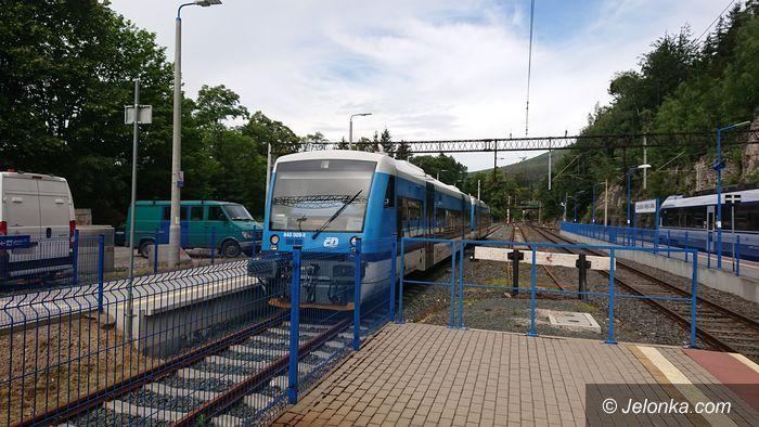 Region: Nadal są zawieszone pociągi do Czech