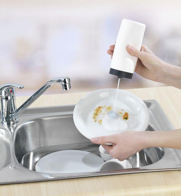 Kraj: Dzień Płynu do Mycia Naczyń
