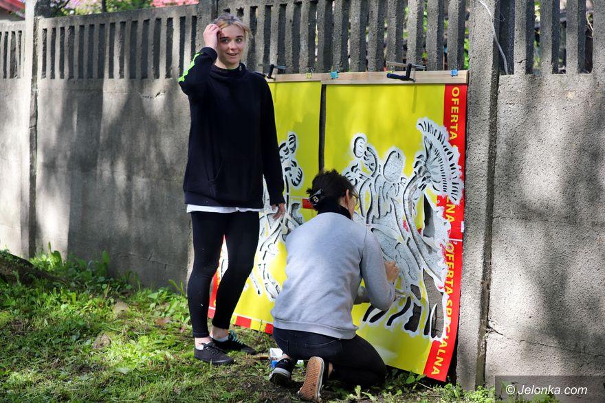 Jelenia Góra: Z patronem na murach