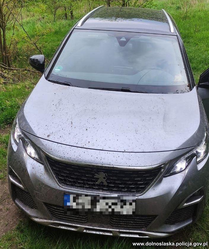 Bogatynia: Policjanci odzyskali auto za 170 tysięcy
