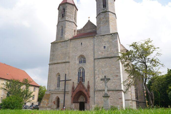 Lwówek Śląski: Na remont kościołów