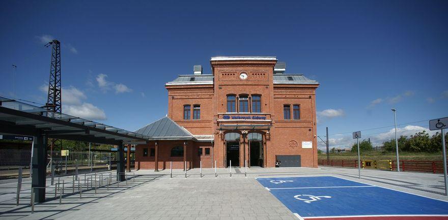 Wałbrzych: Dworzec jak nowy