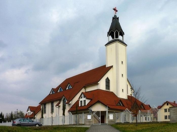 Jelenia Góra: Jak budowano kościół Matki Bożej Miłosierdzia