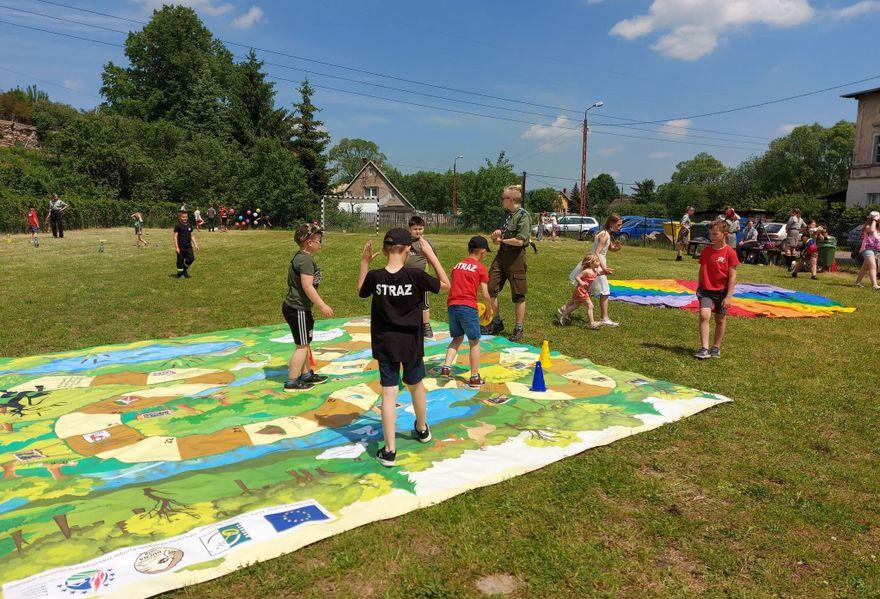 Łomnica: Dla dzieci w Łomnicy