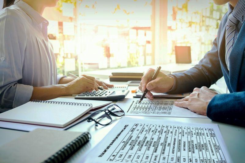 Region: Fikcyjna firma, by wyłudzić VAT
