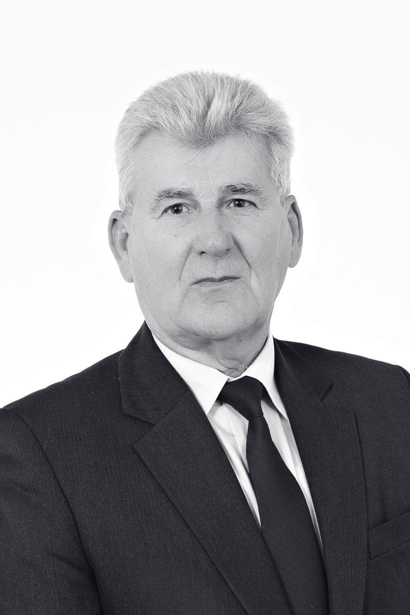 Powiat: Odznaczenie dla Bogusława Chodaka