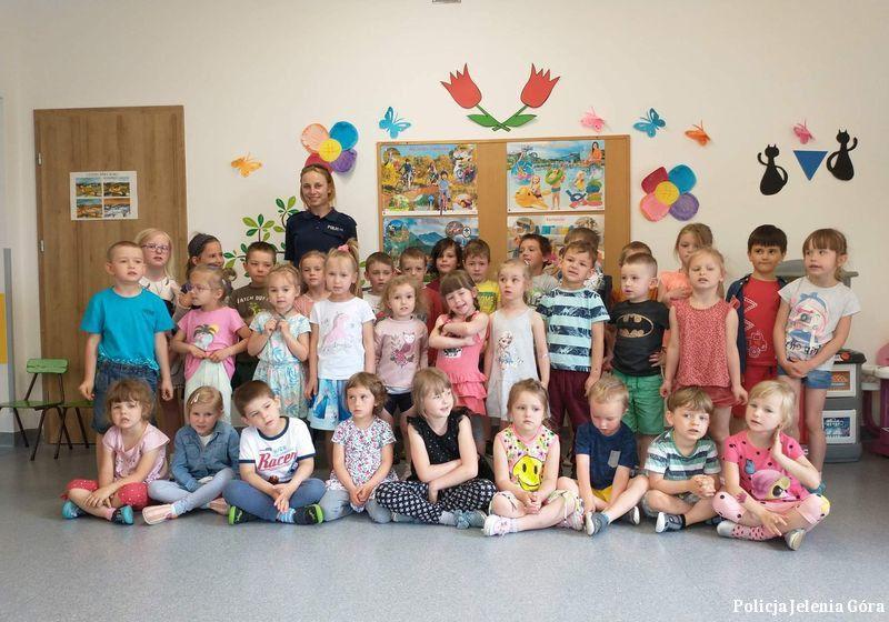 Szklarska Poręba: O bezpieczeństwie z przedszkolakami