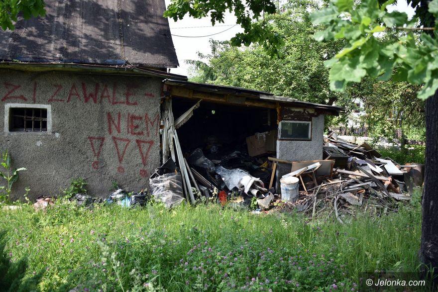 Jelenia Góra: Rudera jak bomba zegarowa