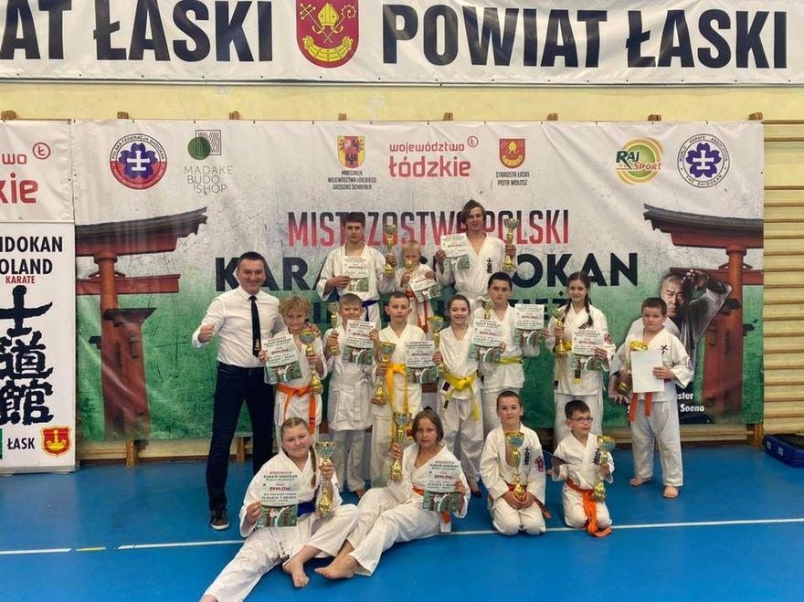 Łask: Grad medali podczas mistrzostw kraju