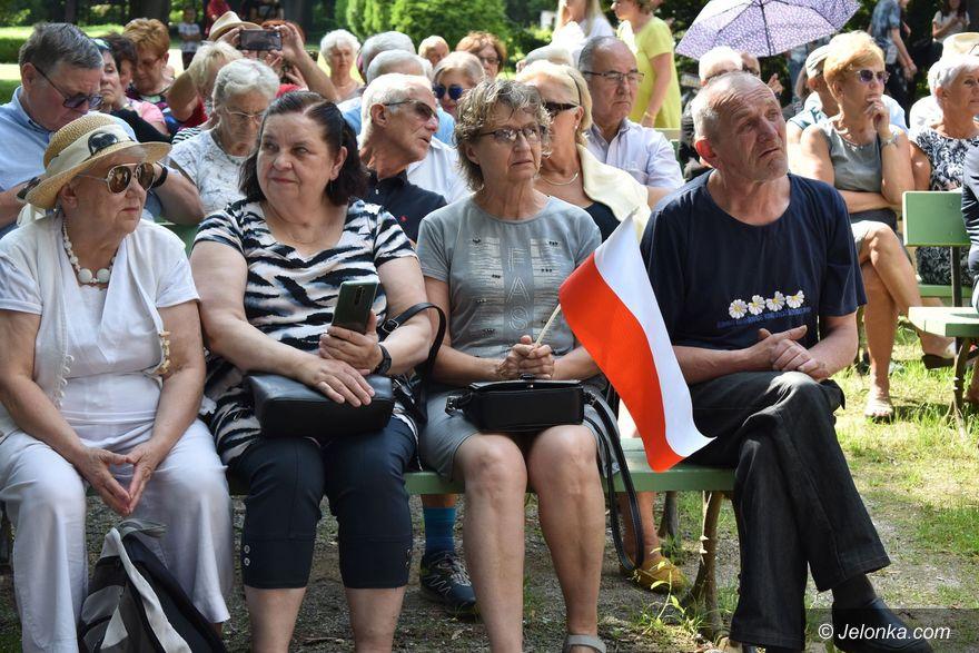 Jelenia Góra: Pytania o konstytucję