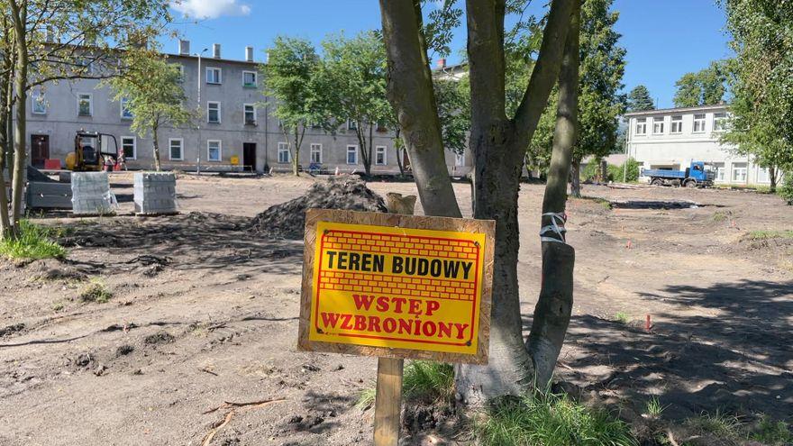 Jelenia Góra: Ruszyły prace na skwerze