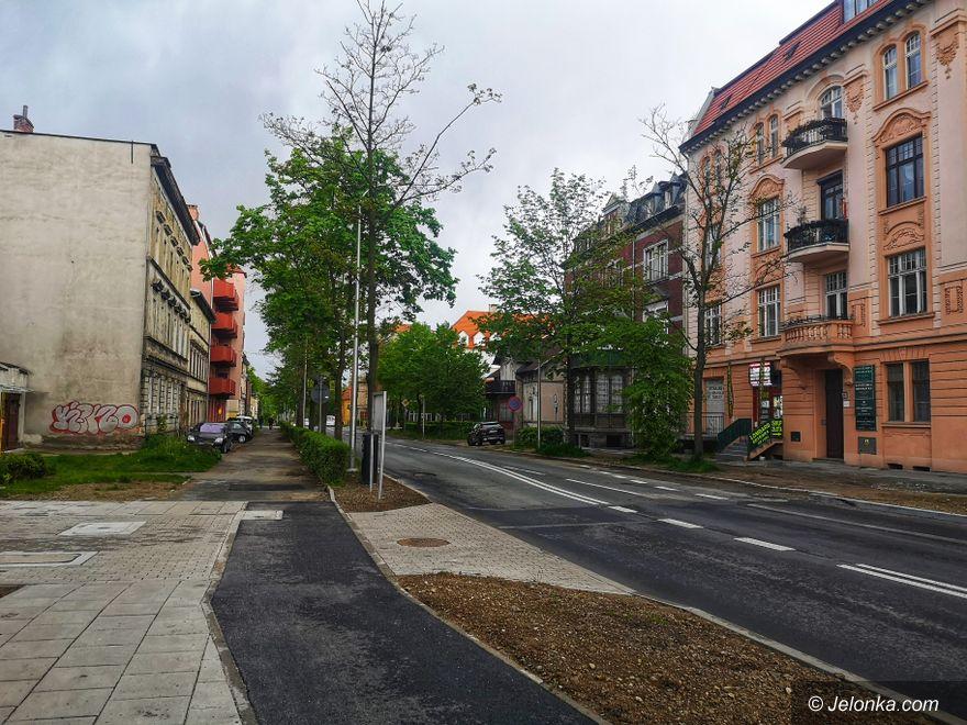 Jelenia Góra: Drugi etap remontu alei Wojska Polskiego – drożej, ale będzie