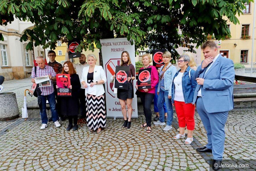 Jelenia Góra: Chcą odwołania P. Czarnka, ministra edukacji i nauki