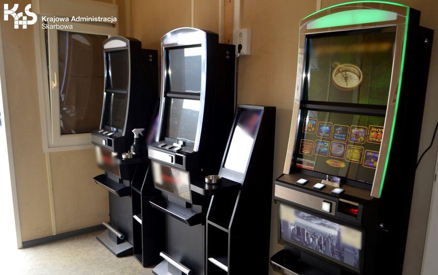 Region: Trwa walka z nielegalnym hazardem