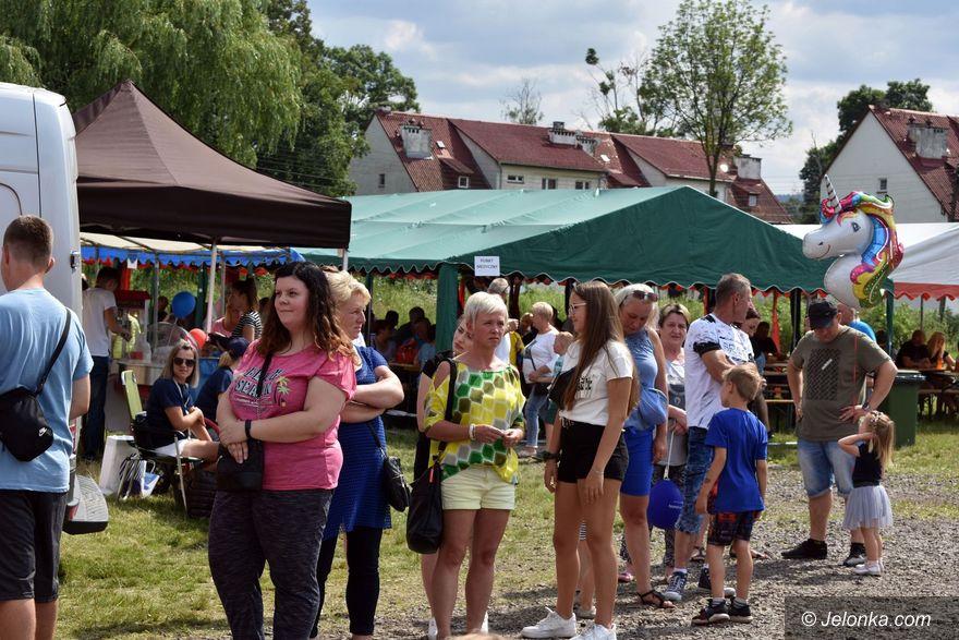 Stara Kamienica: Festyn charytatywny dla pogorzelców z Rębiszowa