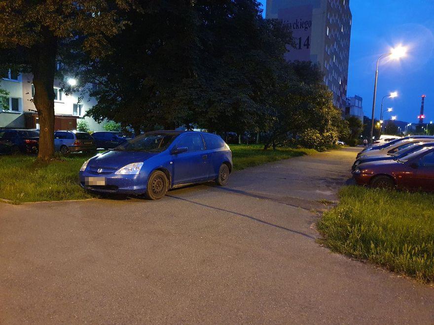 Jelenia Góra: Tak się nie parkuje