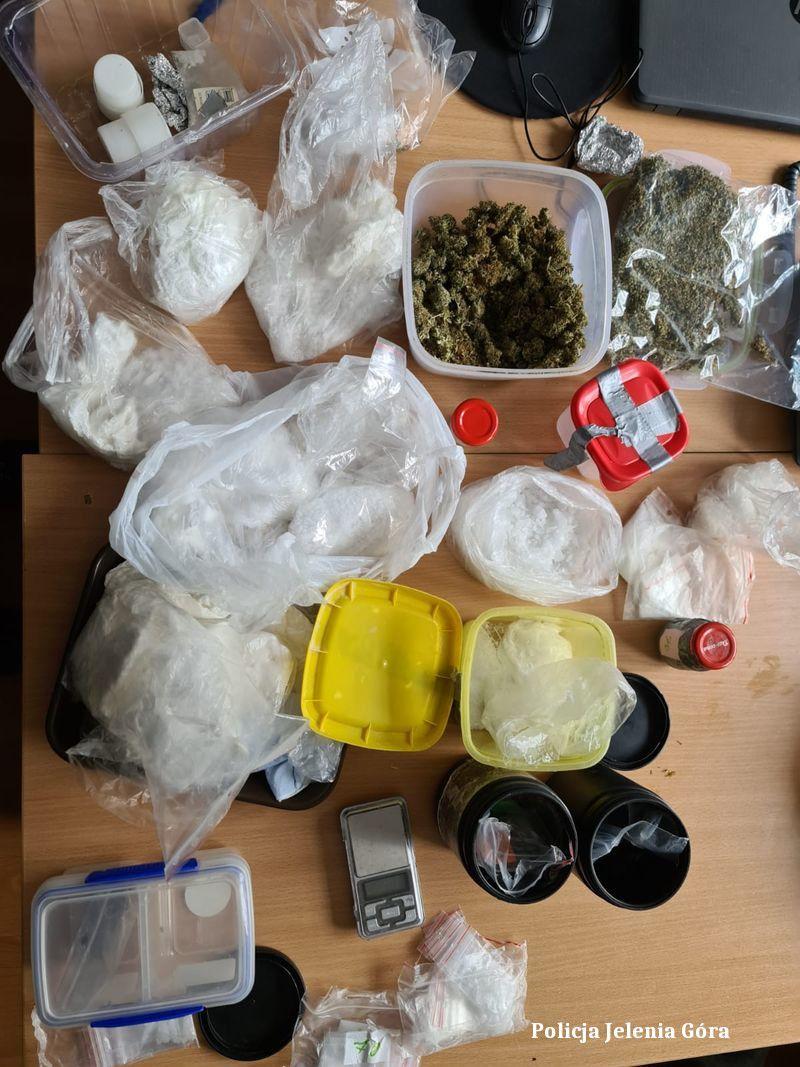Powiat: Kolejne narkotyki nie trafią na rynek