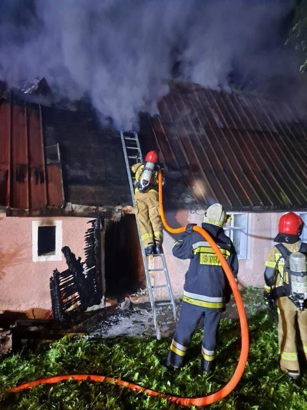 Mirsk: Uratowana z pożaru