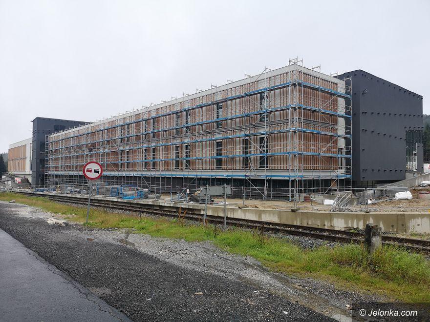 Szklarska Poręba: Trwa budowa na Polanie