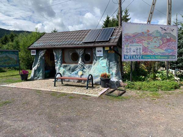 Gmina Lubawka: Z wizytą w eko– chatce
