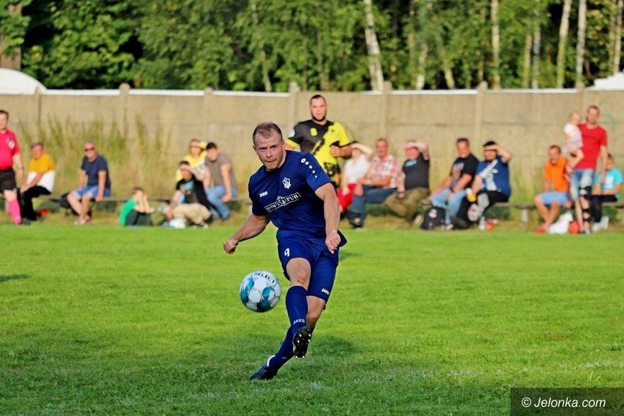 Kowary: Historyczna (udana) inauguracja FC Karpacz