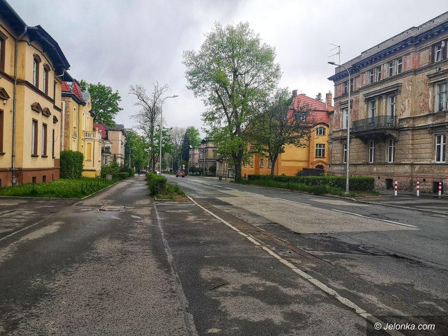Jelenia Góra: Remont alei Wojska Polskiego – będzie drożej