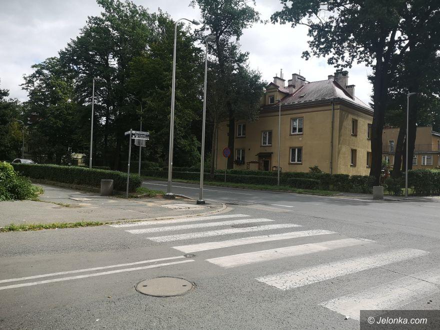 Jelenia Góra: Ograniczona widoczność na Wojska Polskiego
