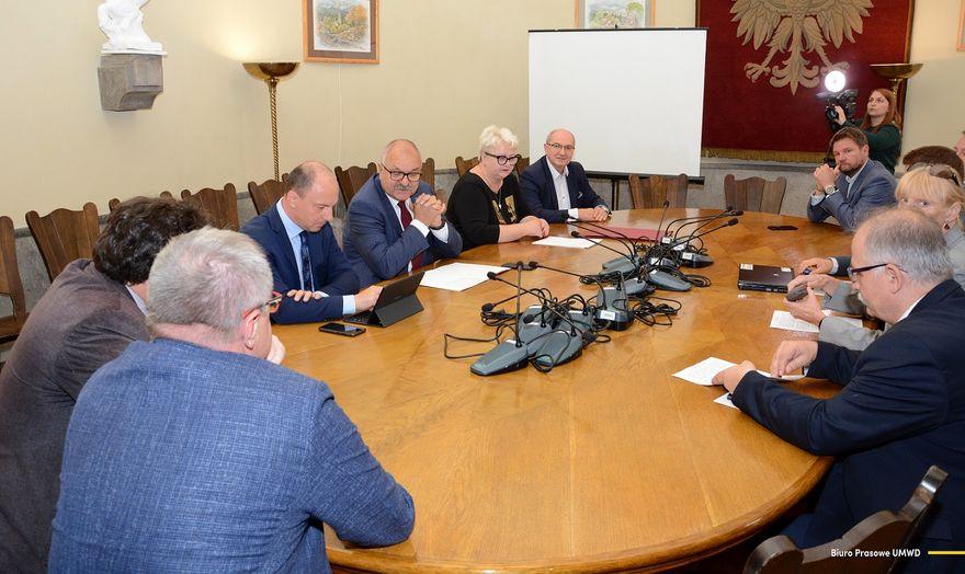 Region: Rozmawiali o rewitalizacji linii kolejowych