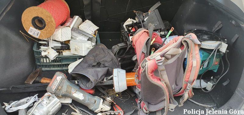 Karpacz: Odpowiedzą za serię kradzieży katalizatorów