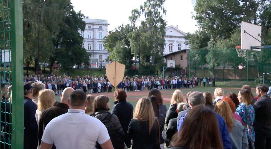 Jelenia Góra: Rozpoczęcie roku szkolnego w SP2