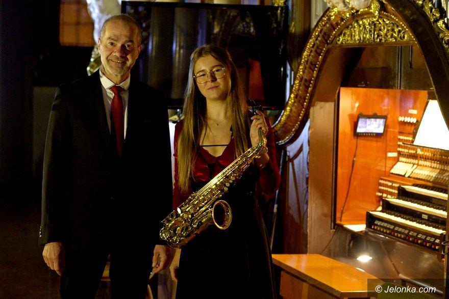 Jelenia Góra: Na organy i saksofon