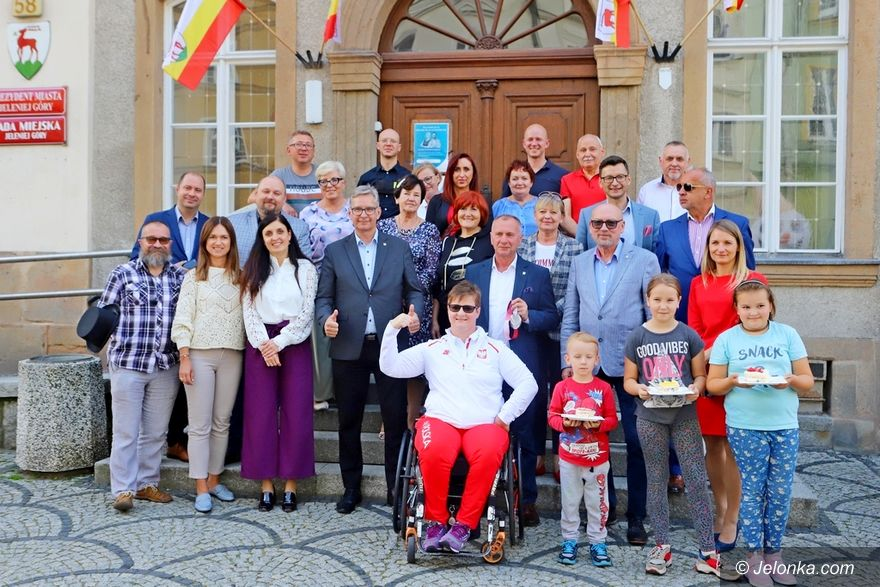 Jelenia Góra: Powitanie medalistki paraolimpijskiej
